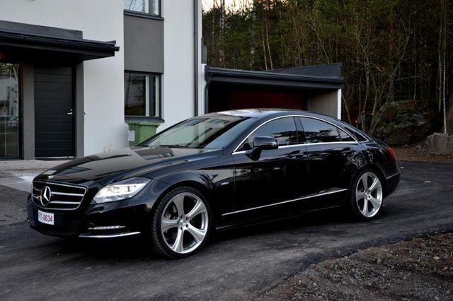 mercedes cls 350 rental malaysia fast mercedes with comfort included. Black Bedroom Furniture Sets. Home Design Ideas