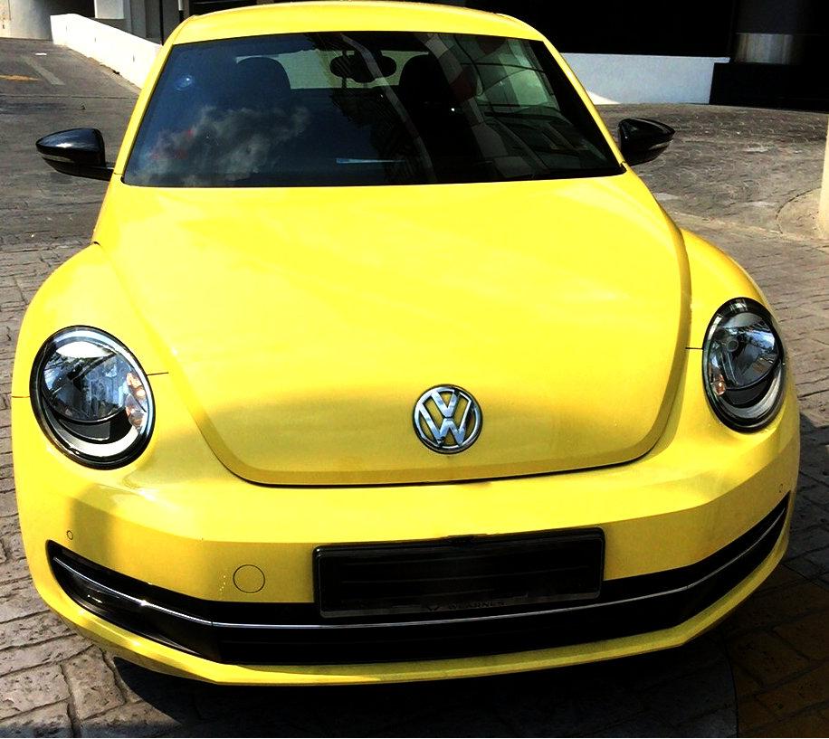 volkswagen-beetle-yellow-1024-v3