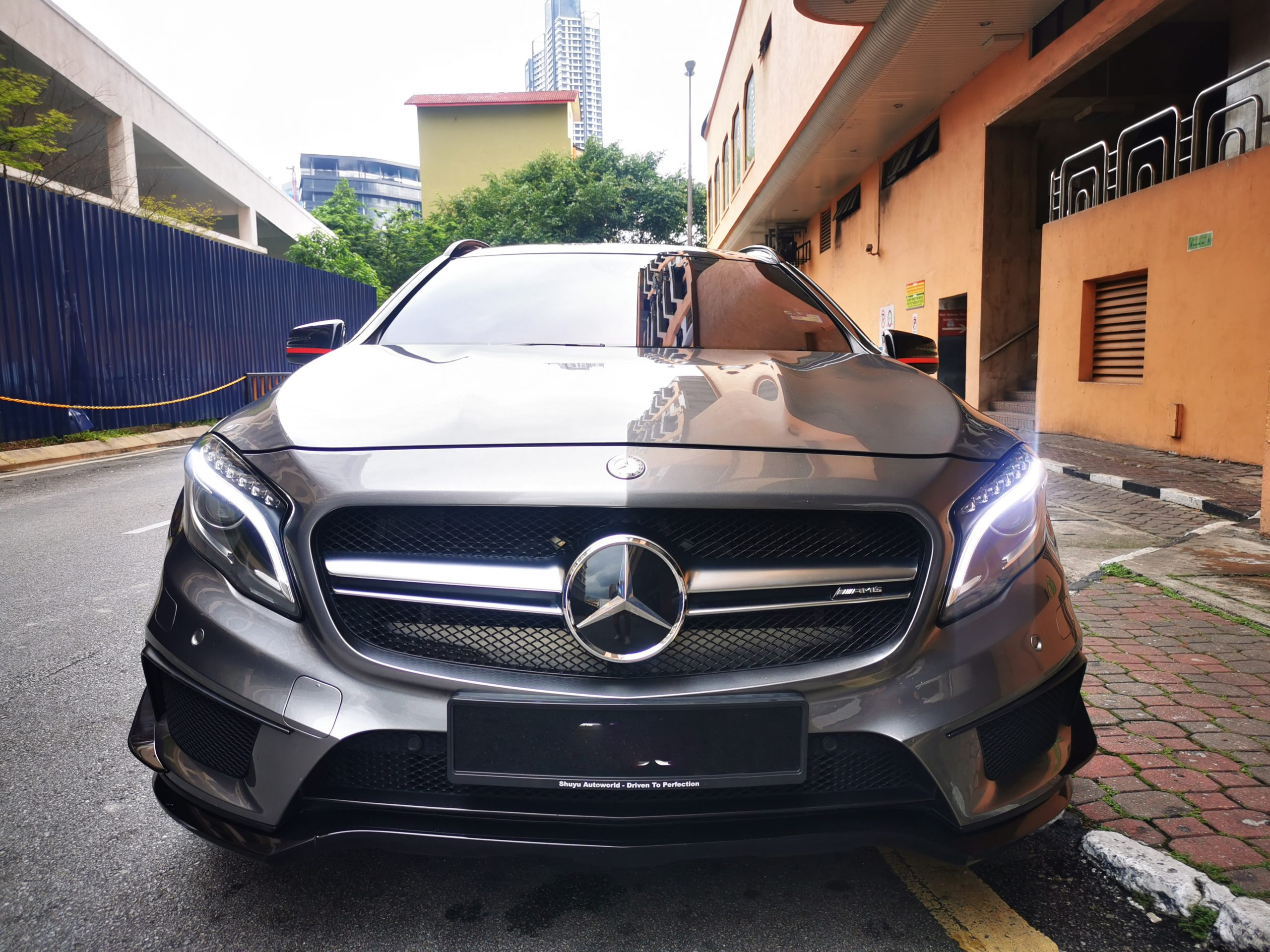 Mercedes GLA 45 Front View