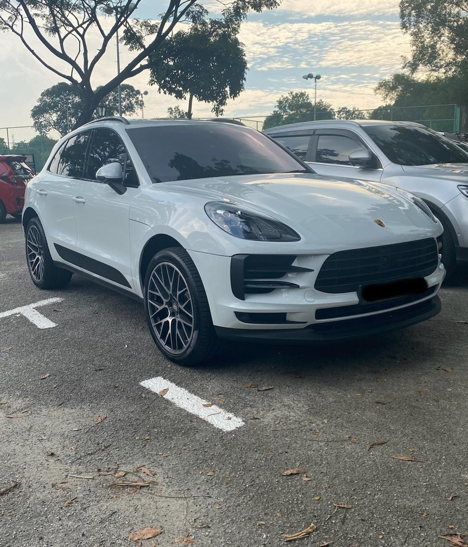 Porsche Macan another