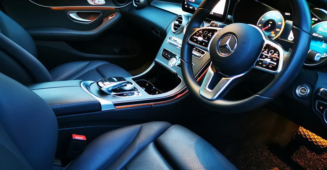 Mercedes C200 interior dashboard