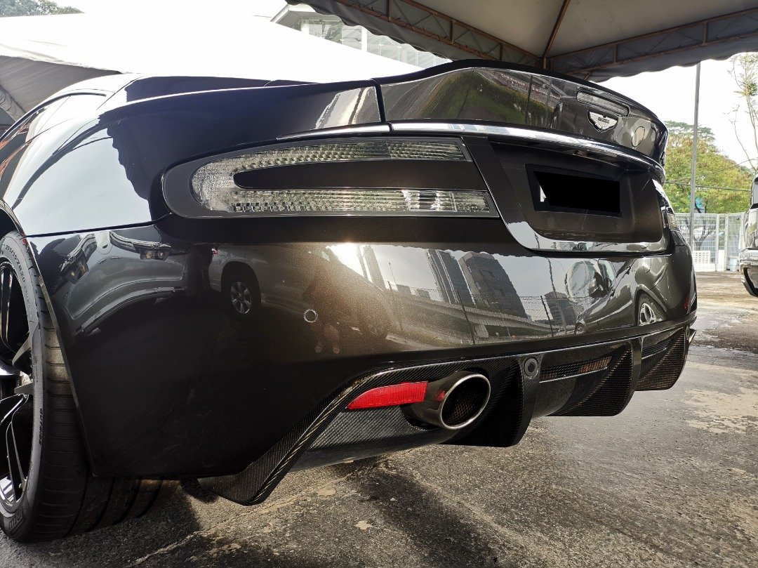 moderate exhaust sounds