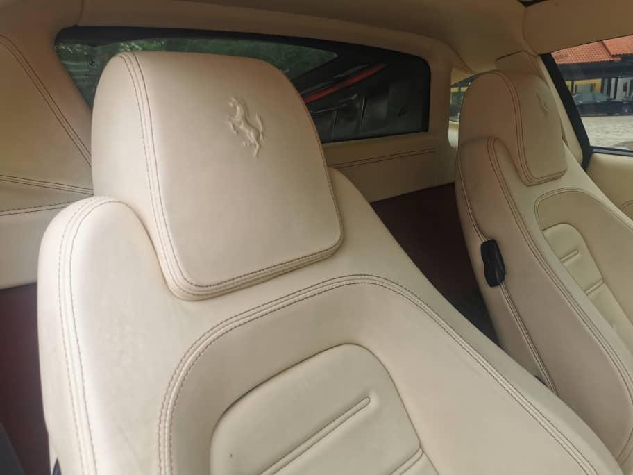 F430 seats