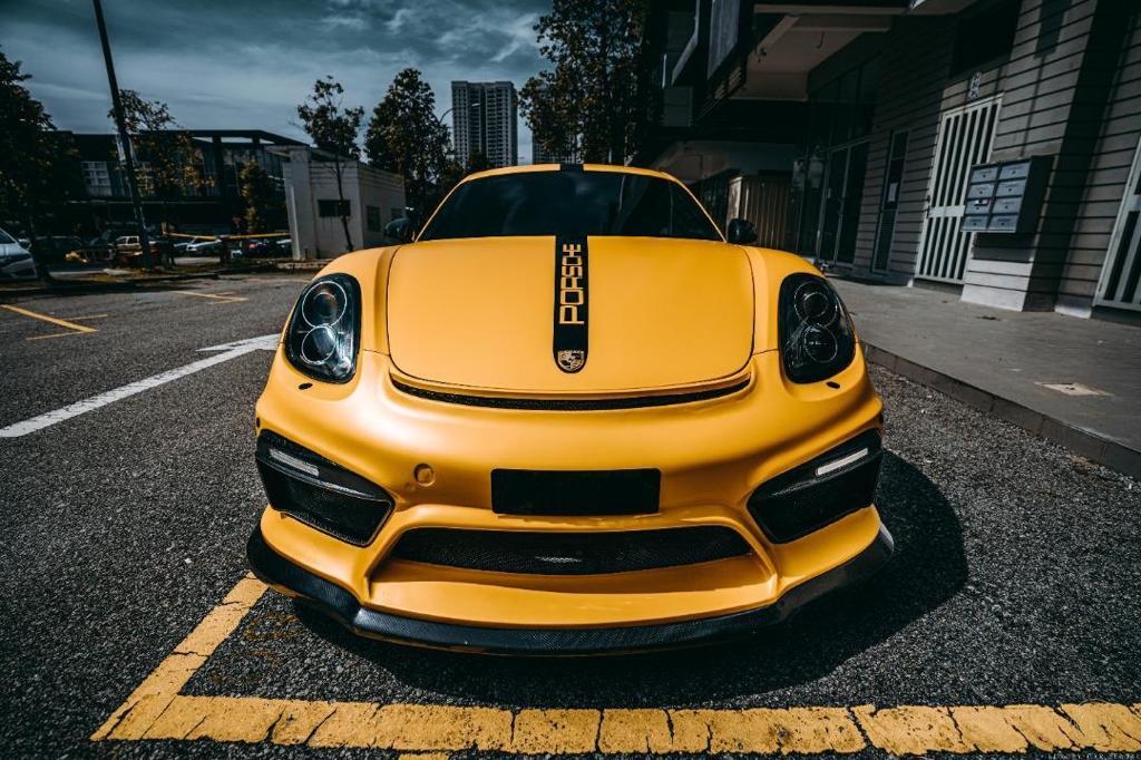 Porsche GT4 fierce front view
